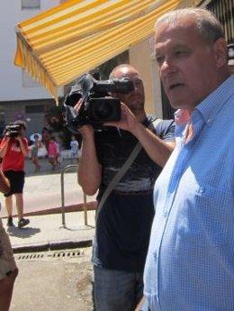 El exconsejero Ángel Ojeda a la salida de los juzgados en Cádiz