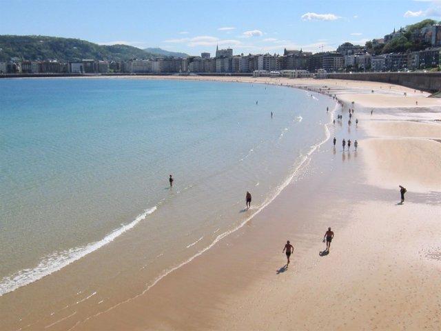 Playa de La Concha en San Sebastián.