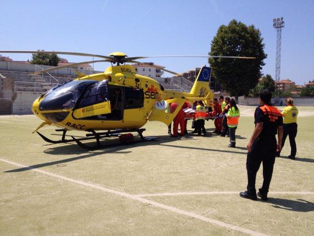Evacuación en helicóptero de un hombre que se estaba ahogando