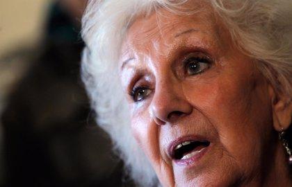 """Estela de Carlotto afirma que se verá con su nieto """"cuando él decida"""""""