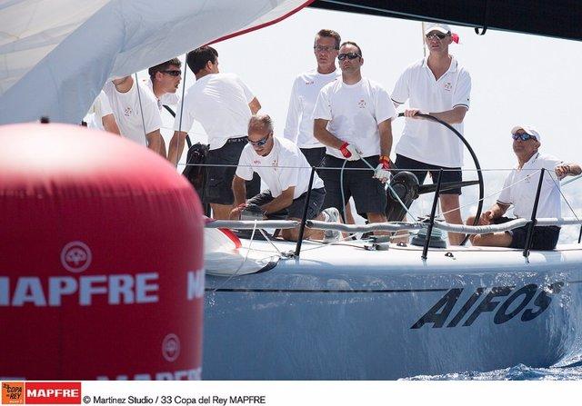 Felipe VI se incorpora al 'Aifos' en la Copa del Rey