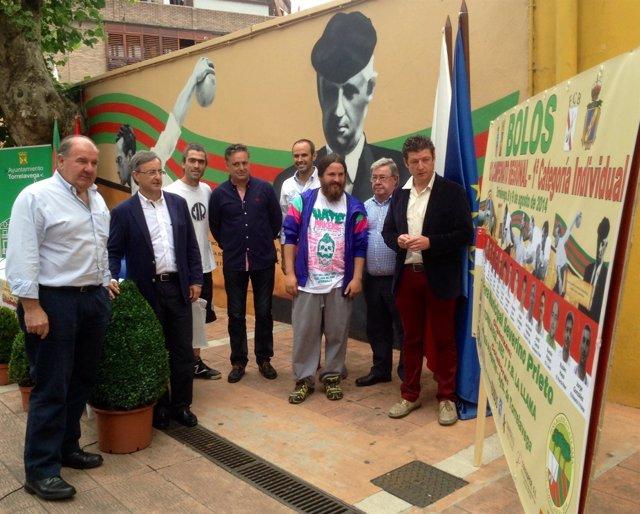 Presentación del Campeonato Regional de Bolos y de un mural