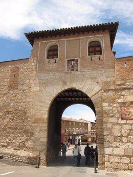 Puerta Alta de Daroca (Zaragoza)