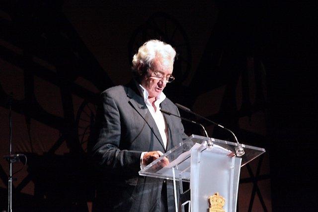 El periodista Luis del Olmo
