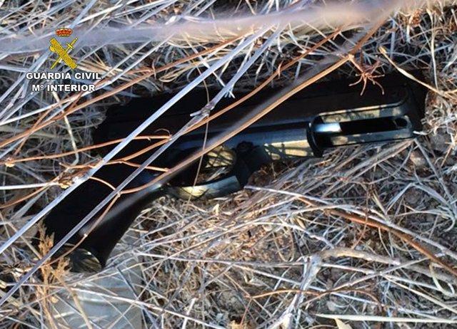 Imagen del arma de fuego incautada