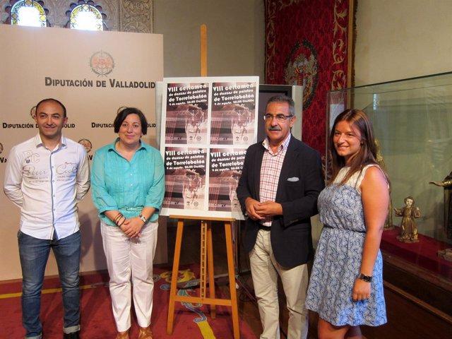 Presentación del VIII Certamen de Danzas de Paloteo de Torrelobató