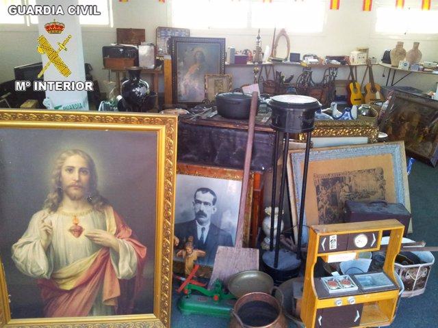 Objetos de arte incautados por los agentes de la Guardia Civil