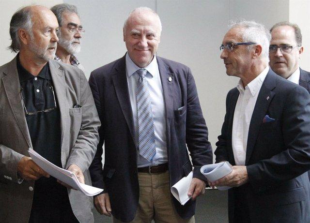 Faustino Blanco, en el centro