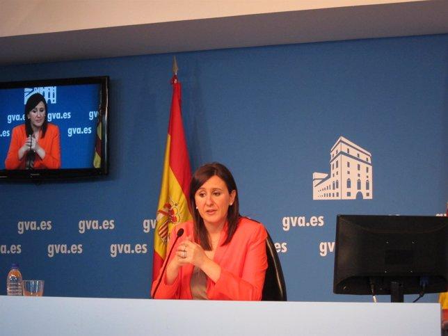 M ª José Català en rueda de prensa
