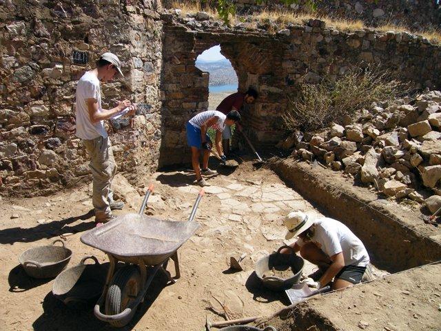 Excavaciones arqueológicas en Capilla