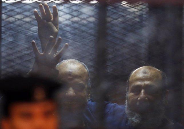 Miembros de Hermanos Musulmanes entre rejas