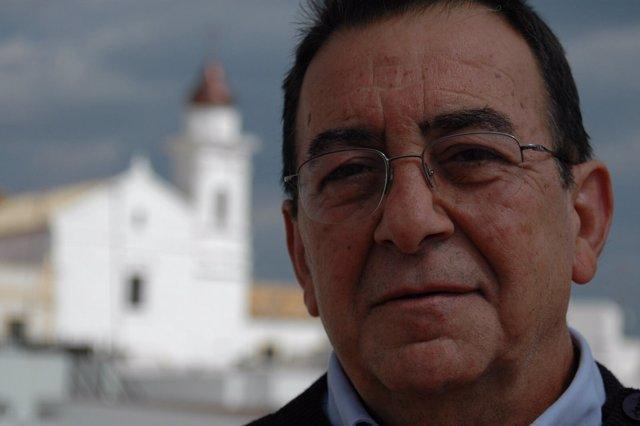 El profesor Emilio Lechuga