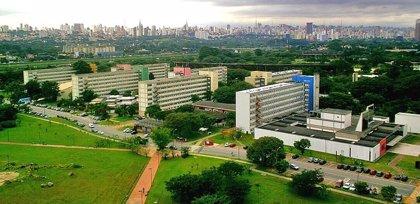 La Universidad de São Paulo prevé 3.000 bajas voluntarias y deshacerse de hospitales