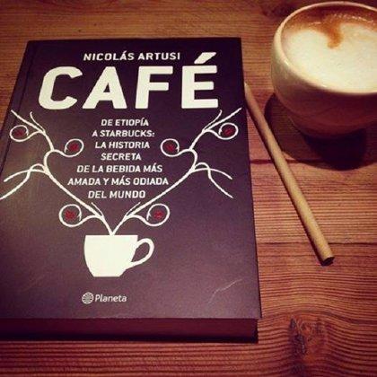 'Café' relata desde su surgimiento en Etiopía hasta su consumo en monodosis