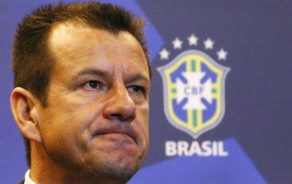 "Dunga: ""Brasil debe reconquistar a los hinchas"""
