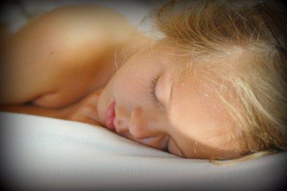 Los niños en edad escolar deben dormir un mínimo de nueve horas