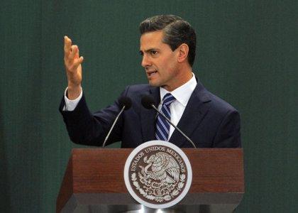 """Peña Nieto asegura que """"solo los mejores maestros darán clases"""""""