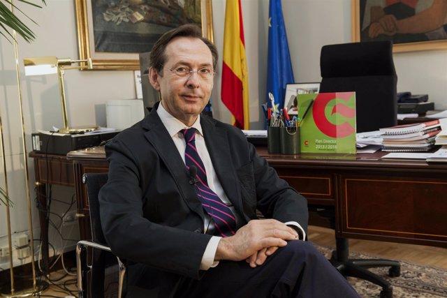 El director de la AECID, Gonzalo Robles