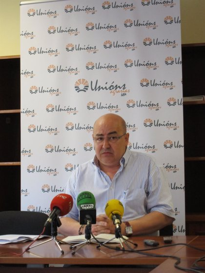 Rural.- Unións Agrarias calcula que la sobreproducción láctea en Galicia puede superar el 3%