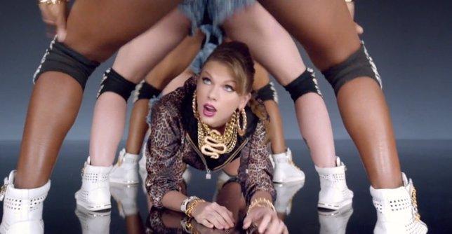 Taylor Swift En Shake It Of