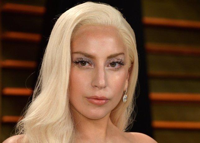 Lady Gaga, ¿pensando en una boda espacial?