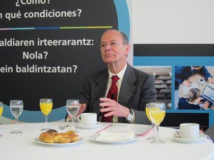 """El alcalde de Bilbao cree """"legítimo"""", aunque """"precipitado"""", el debate sobre la reforma electoral"""