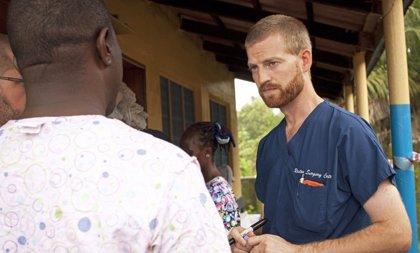 El médico con ébola tratado en EEUU recibe el alta tras recibir ZMapp