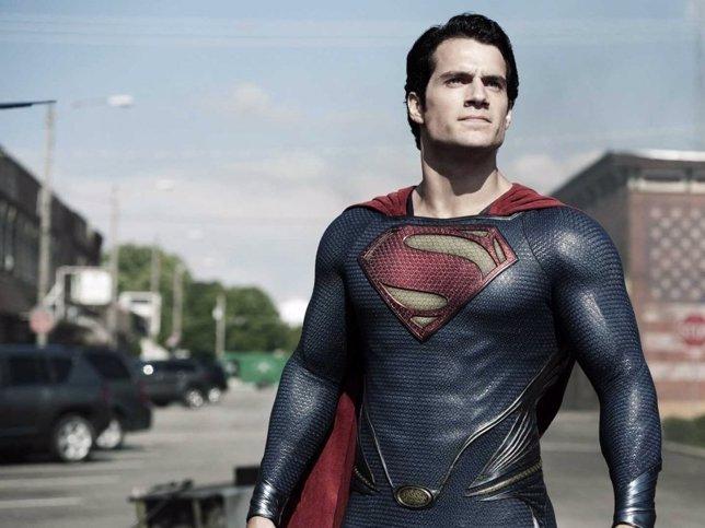 Henry Cavill es Superman