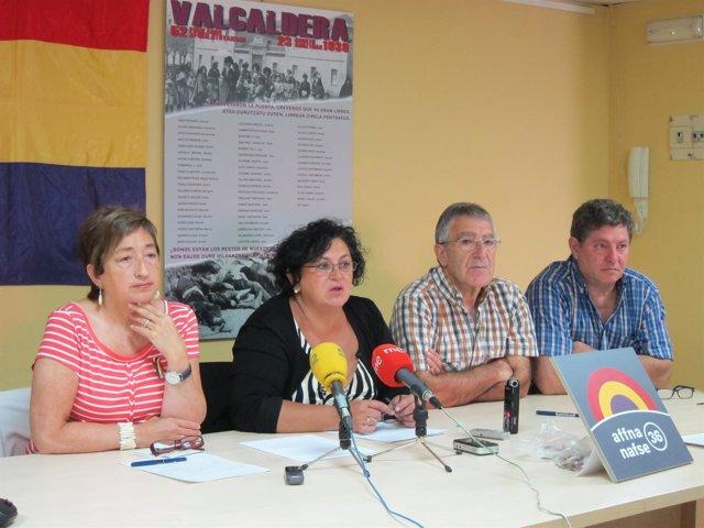 Miembros de la Asociación de Familiares de Fusilados de Navarra.
