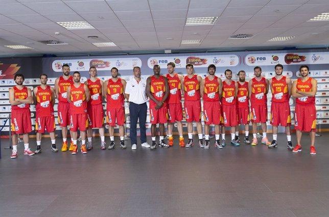 La selección española de baloncesto se presenta para el Mundial 2014