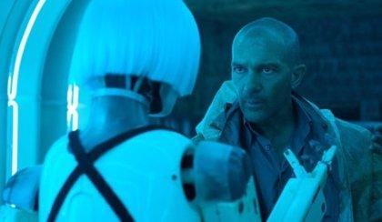 Primer tráiler de Autómata: Antonio Banderas entre robots