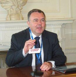 Guillermo Cisneros en la UIMP