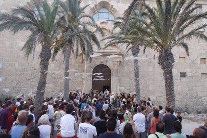 """La representación de la """"Virgen del Esclavo"""" en Tabarca (Alicante) llega este lunes a su cuarta edición"""