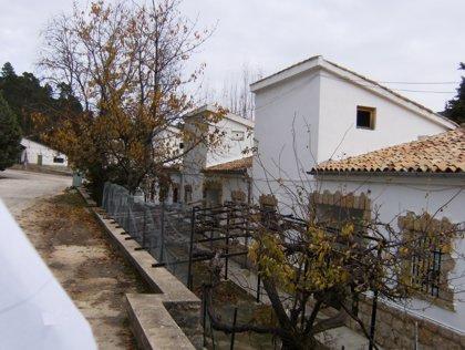 Fomento y Vivienda regularizará el antiguo poblado maderero de Vadillo Castril, en la sierra de Cazorla