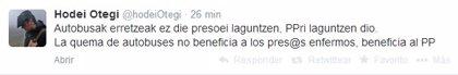 """El hijo de Otegi advierte de que la quema de cinco autobuses """"no beneficia a los presos enfermos"""" de ETA, sino al PP"""