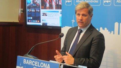 """Alberto Fernández (PP) critica el """"pasotismo municipal"""" ante los pisos turísticos irregulares"""