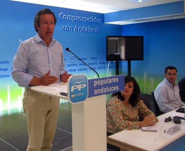 Carlos Floriano y Juanma Moreno en el comité de dirección del PP-A en Málaga