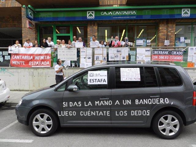 Protesta de Afectados por Preferentes de Cantabria