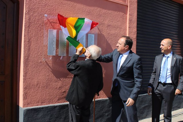 Sanz abre la placa en Bodega San Isidro