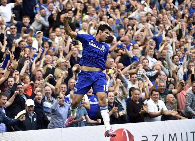 Diego Costa marca para el Chelsea