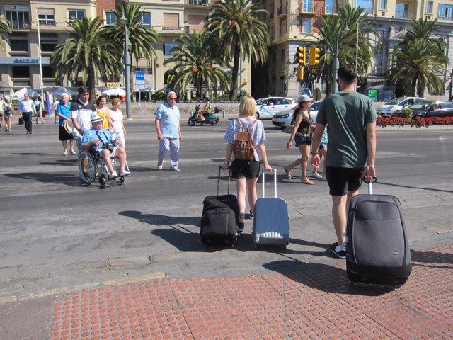 Turistas, Centro, Málaga, Maletas, turismo, paseo