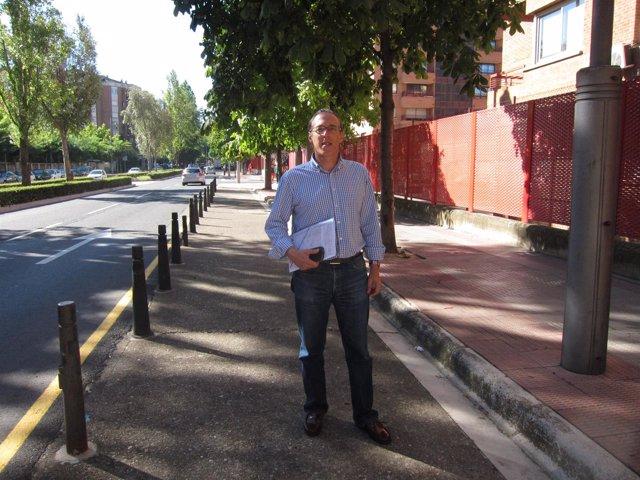 Angel Sáinz Yangüela, en la zona de ampliación de carril bici