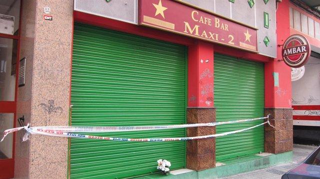 El bar 'Maxi 2' de Zaragoza, precintado por la policía