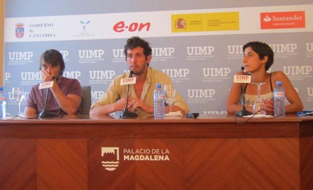 Actores de la compañía portuguesa Dô Chapito en la UIMP