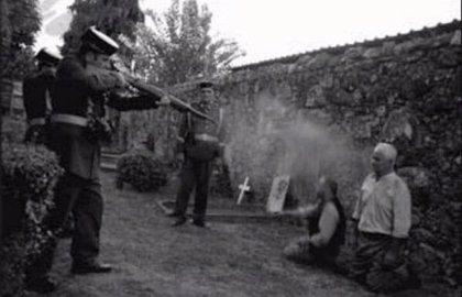 """El alcalde de Coronil defiende su 'tuit': """"Se escandalizan por unos genocidios, pero callan sobre el que hubo en España"""""""