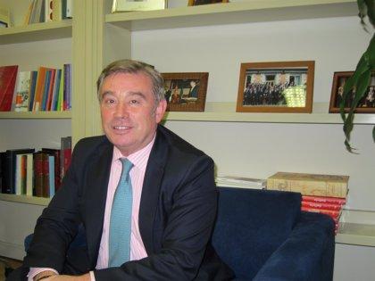 El portavoz del PP en el Senado celebra el apoyo de Merkel para que De Guindos sea presidente del Eurogrupo