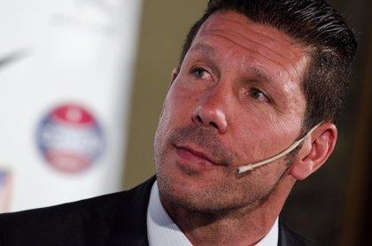 Competición sanciona con ocho partidos a Simeone