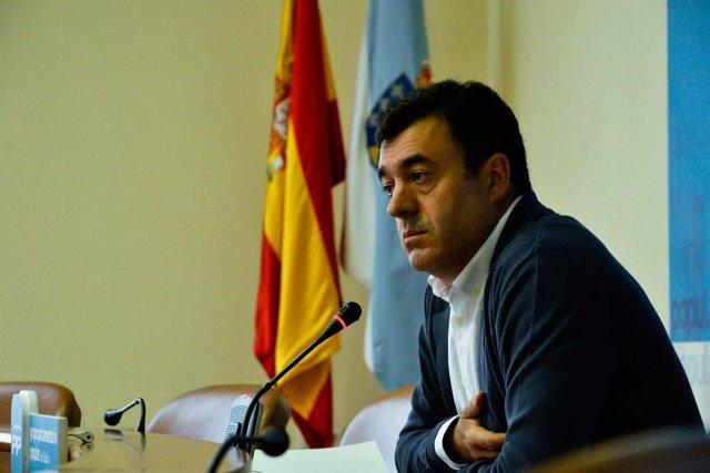Román Rodríguez en rolda de prensa