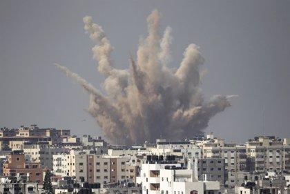 Doce palestinos muertos este lunes en Gaza en una nueva jornada de bombardeos israelíes