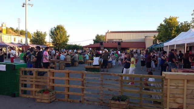 Carpas de El Sotet en la Feria de la Fruta Dulce de Fraga